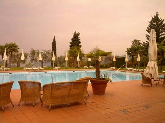 Boffenigo Small & Beautiful Hotel: Piscina esterna