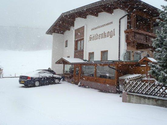 Fruhstuckspension Soldenkogl: Snow