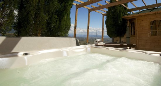 Hotel Cerro de Hijar: Jacuzzi