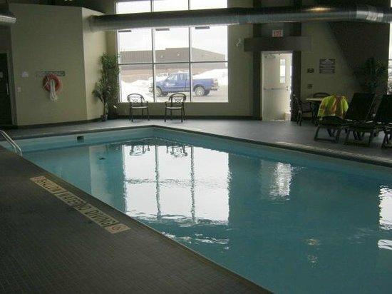 Microtel Inn & Suites by Wyndham Timmins : Pool