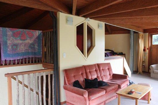 Te Nikau Retreat: Salon et salle commune
