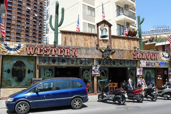 cabeytu brothers bild fr n western saloon benidorm tripadvisor. Black Bedroom Furniture Sets. Home Design Ideas