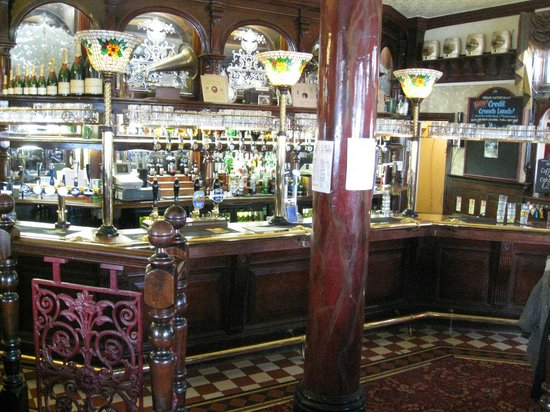Grand Victorian Hotel: The Hotel Bar.