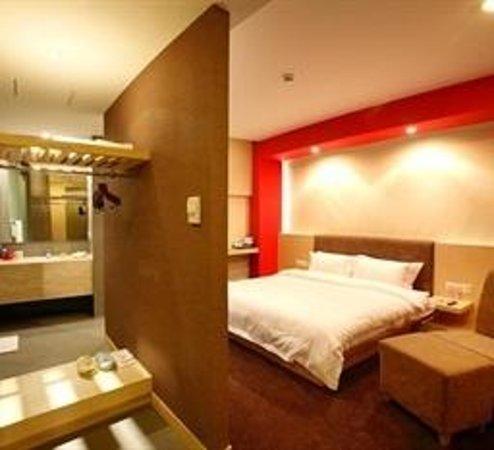 Bauhinia Hotel