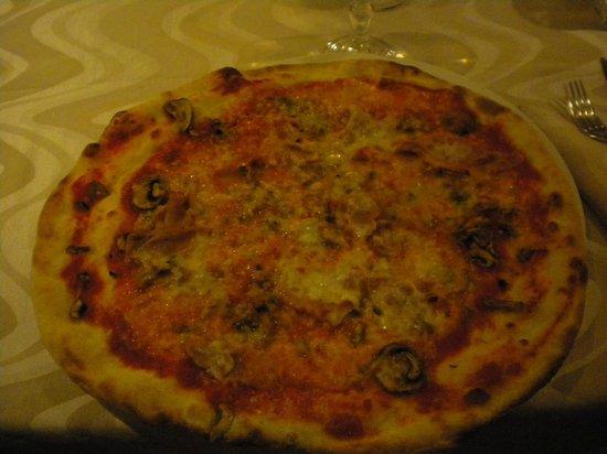 Il Corsaro Di Fraiese Ristorante e Pizzeria : Pizza