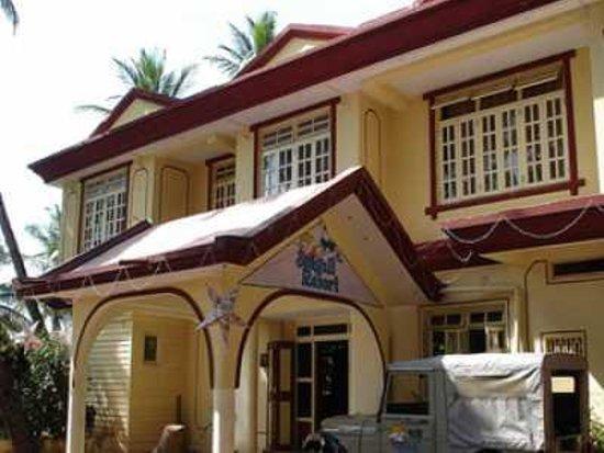 sandalwood hotel retreat 4 центр Гоа