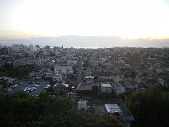 Royal Hills Kisarazu View Hotel: 木更津市内一望!