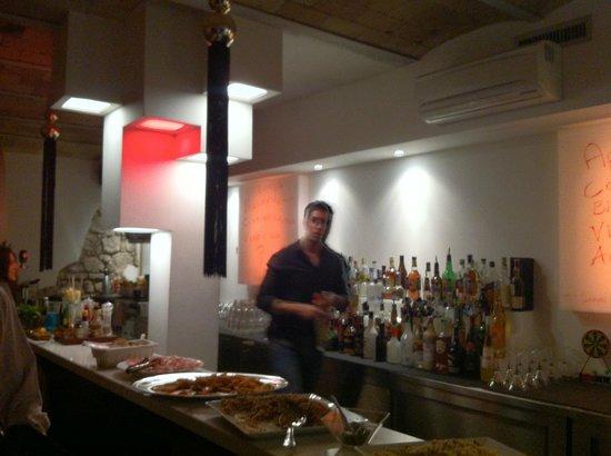 Quindi: IL Bar