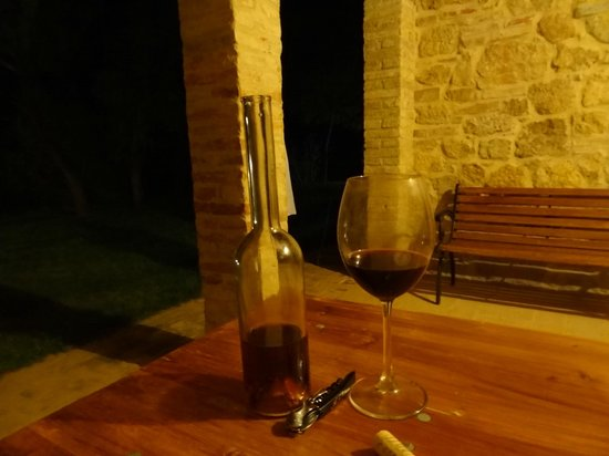 Agriturismo Il Casalino : the loggia by night