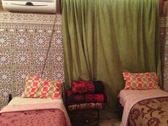 Riad Jddi: Beds