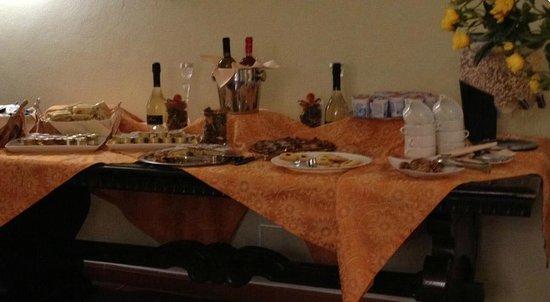 San Lino: Ecco la misera scelta di dolci per la colazione.