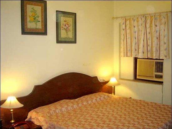 Hotel Shri Karni Niwas