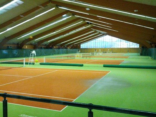 Adonis Excellior Grand Geneve: Tennis