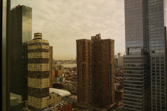Staybridge Suites Times Square - New York City : VUE CHAMBRE