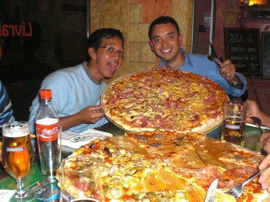 Pizzeria Roma: Pizza 3-4 personnes