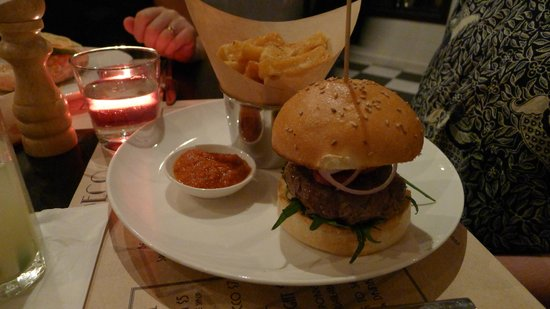 Deco : Lamb and Chorizo Burger