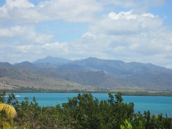 ShowUserReviews g d r Club Amigo Farallon del Caribe Marea del Portillo Pilon Granma Province Cuba.