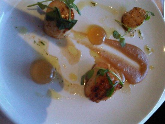 Dunkerley's Restaurant: Starter - Scallops