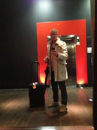 Thompson Toronto - A Thompson Hotel: lobby style