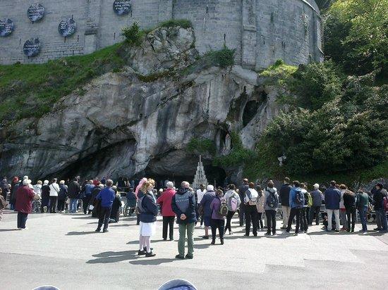 Helgon Hotel: la grotta