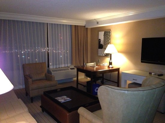 Sheraton Pentagon City Hotel: Suite