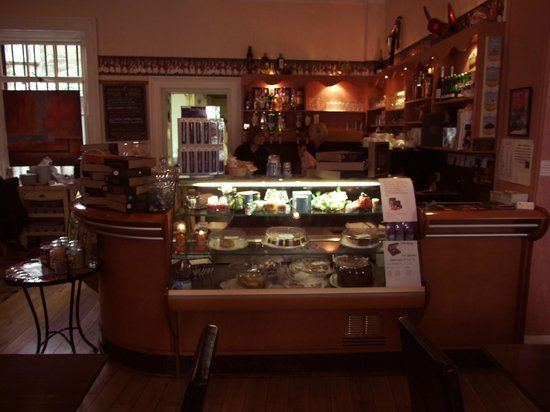 Old Bank Restaurant and Coffee House: Cake Display