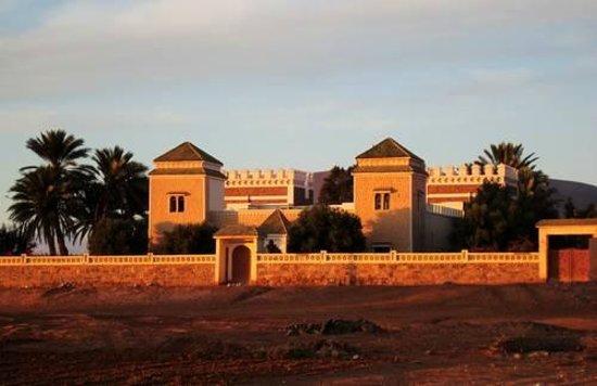 Guelmim, Marrocos: Vue sur le fort