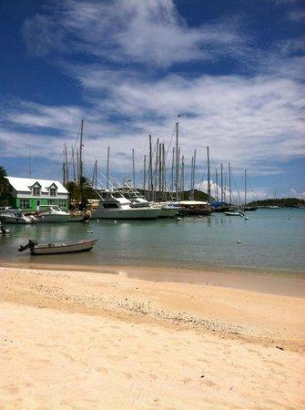 The Catamaran Hotel: Cambusa