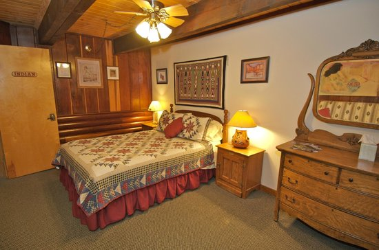 Be Our Guest Bed & Breakfast: Indian Room