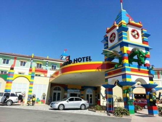 Main entrance - Picture of LEGOLAND California Hotel ...