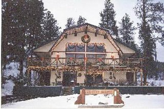 Be Our Guest Bed & Breakfast: Christmas Time 2