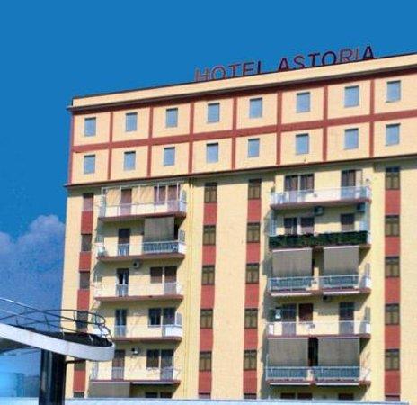 Hotel Astoria: vista esterna