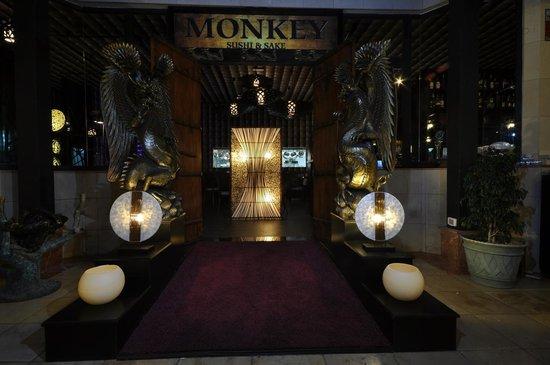The Oriental Monkey: Entrada restaurante