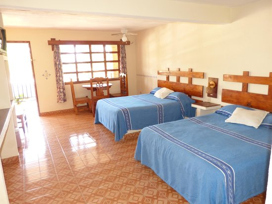 Hotel Mansion Bugambilias: very spacious rooms