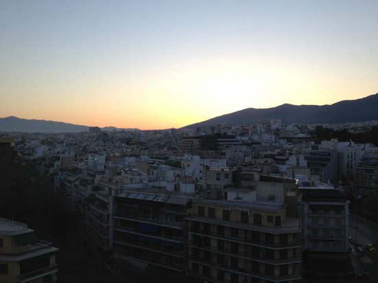 Hilton Athens: Dawn from #935