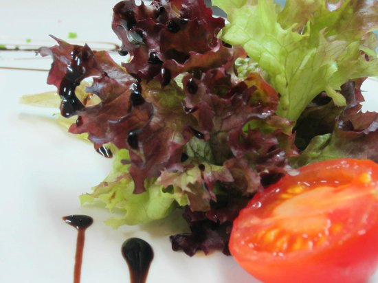 Re Leon : Our fresh salads are hand-picked by our chef and served as fresh as a daisy.