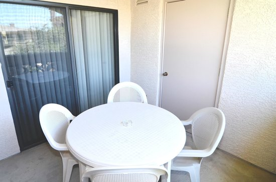 Sonoran Suites of Palm Springs at the Enclave: Patio/Balcony