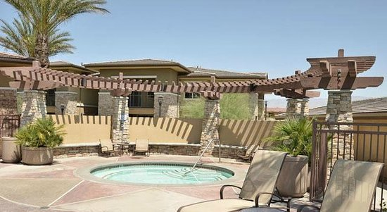 Sonoran Suites of Palm Springs at the Enclave: Pool/Spa Area