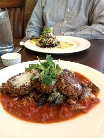 Wild Sage American Bistro: Lentil-Walnut Cakes and Mahi Mahi