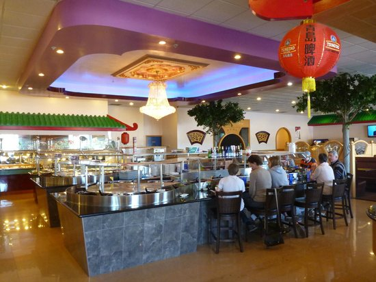 Travel Dog Bed >> Sushi Boat, Fortuna - Restaurant Reviews & Photos ...