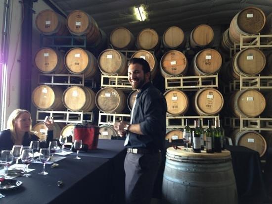 Keyways Vineyard and Winery: Gordon!