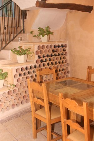 Es Castell: Really nice proper wood tables