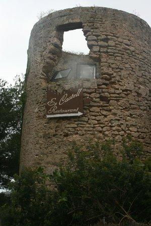 Es Castell: Take a visit!