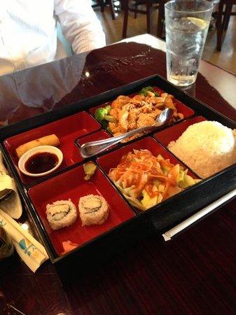 Zenna Thai & Japanese Restaurant