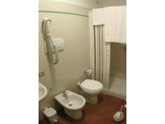 Hotel Grimaldi: Bagno