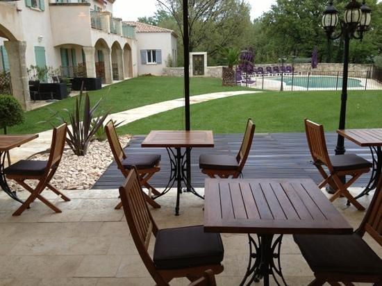 Le Clos de Pradines: Terrasse