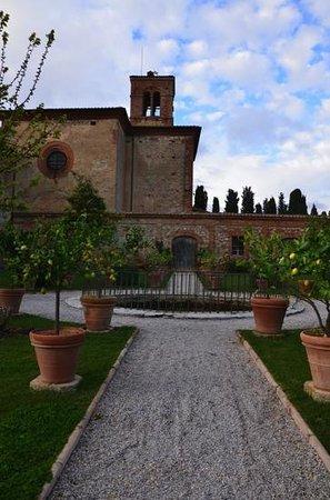 Agriturismo Sant'Anna in Camprena: The Bells