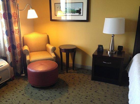 Hilton Garden Inn Pensacola Airport -Medical Center: sitting area