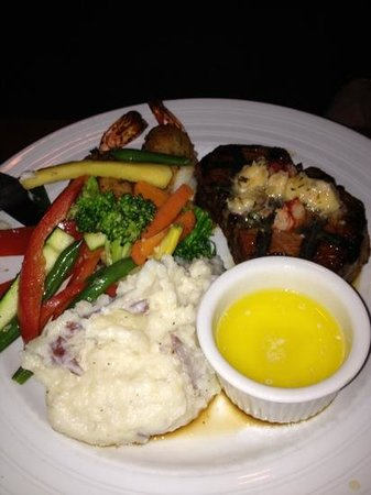 Chardonnay's Restaurant : Surf and Turf - lobster sauce on the filet