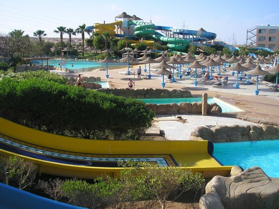 Dessole Titanic Aqua Park Resort: more slides.....